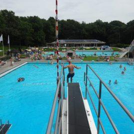 Zwembadspelen – Grooste bom